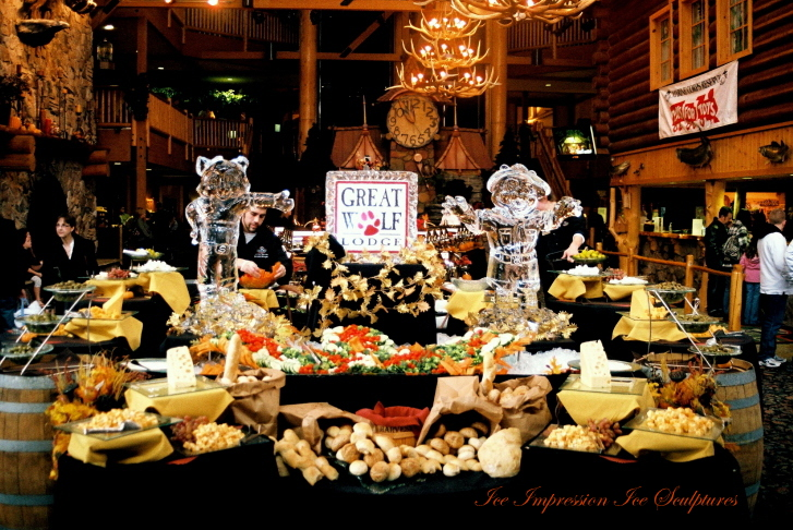 Great Wolf Lodge Mascots, Great Wolf Lodge, Great Wolf Lodge Mascot Ice Sculptures by Ice Impressions, Ice Impressions,