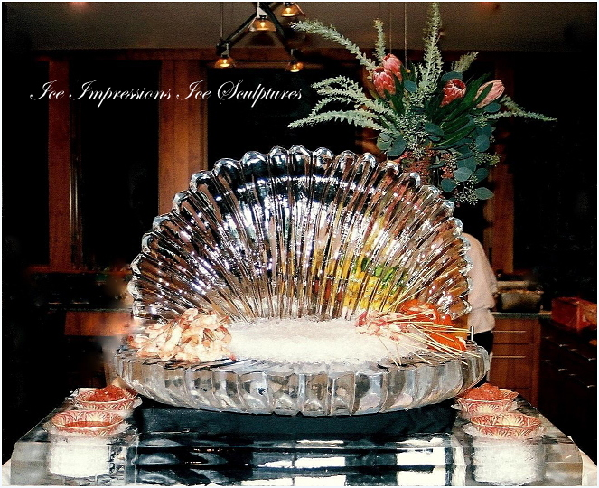 WEDDING-ICE-SCULPTURES, ICE-SCULPTURES-WEDDING, Wedding-Ice-Sculptures, ICE-IMPRESSIONS, By Ice Impressions, ice-impressions.com, sea shell ice sculpture, clam shell ice sculpture, ice sculptures, ice sculpture, Michigan ice sculpture, ice impressions, holiday ice sculptures