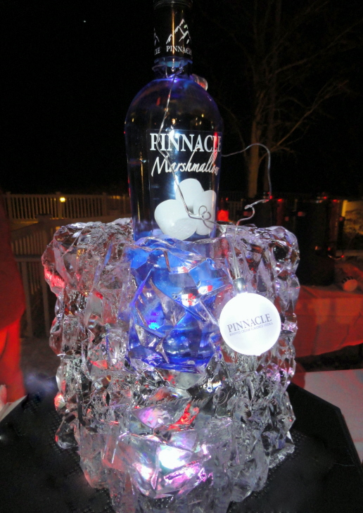 Ice Sculpture, Ice Sculptures, Ice Carving, Ice Carvings, Bottle Chiller Ice Sculpture.