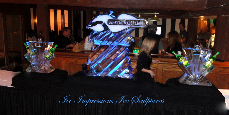 Ice Impressions Ice Sculptures, ice impressions, custom designed ice sculpture presentation, ski resort ice sculptures, ice shards ice sculptures, northern michigan ice sculptures, michigan ice sculptures